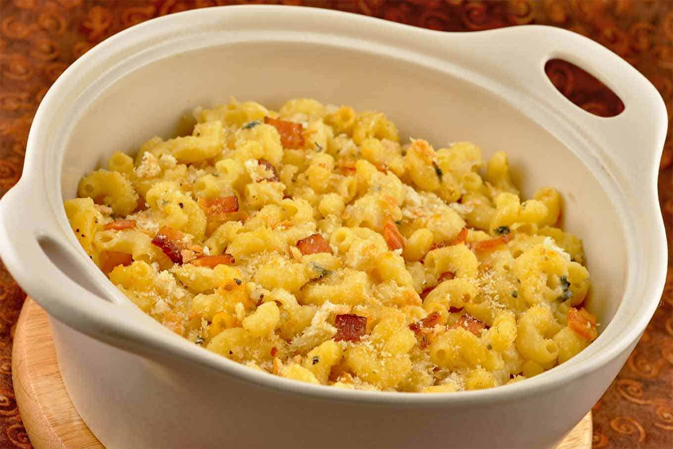 Buttermilk-Blue Macaroni and Cheese