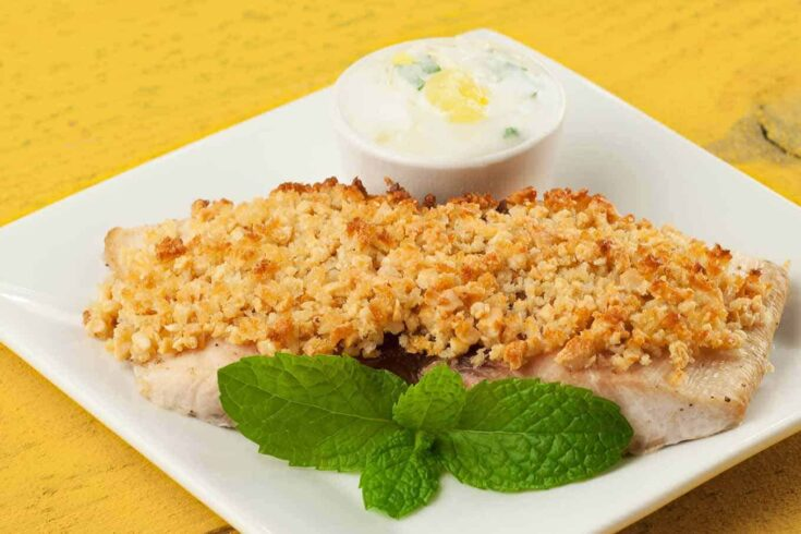 Crushed cashews, combined with panko crumbs make a delicious crust for mild-flavored mahi-mahi fillets. #cashewcrustedfish #mahimahi
