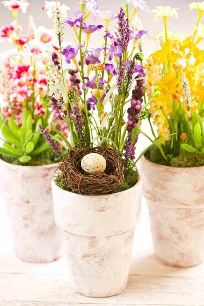 DIY Spring Table Decor Whitewashed Flower Pots