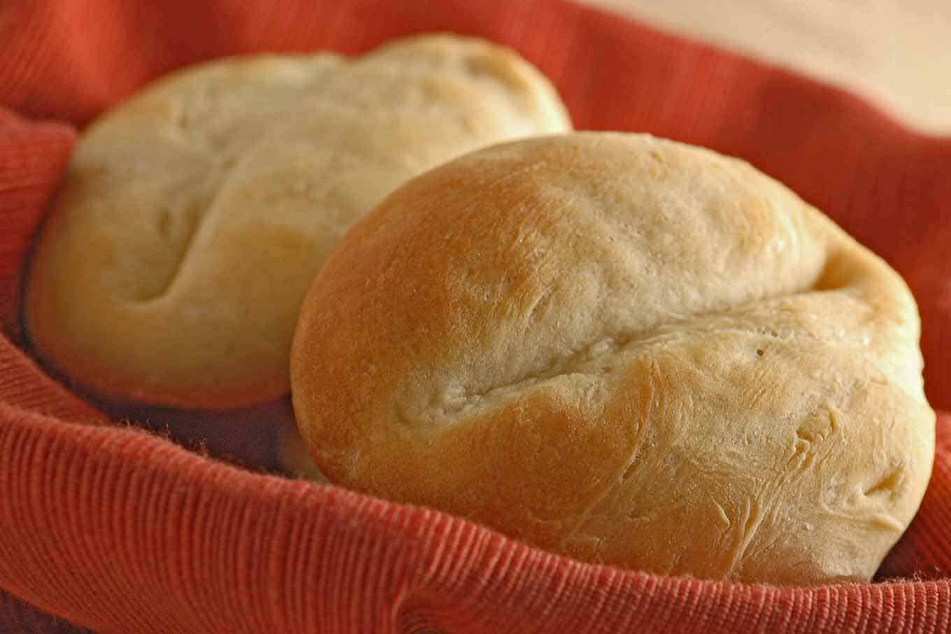 French-Style Dinner Rolls