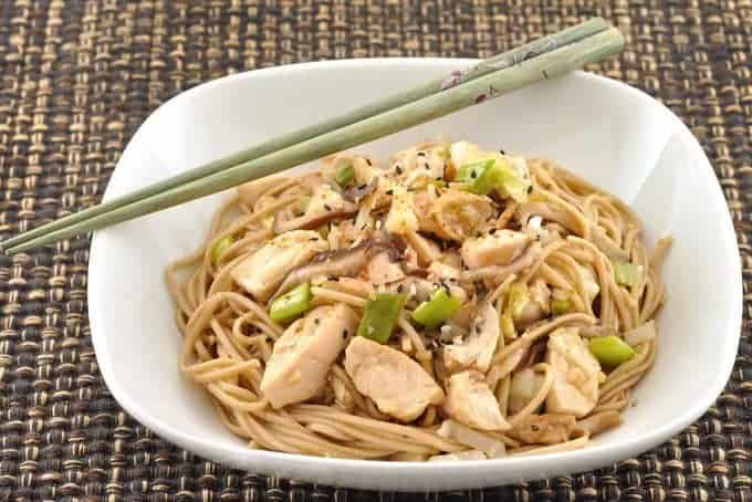 Garlic Soba Noodles with Chicken and Shiitake Mushrooms