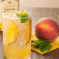 Honey-Peach Fizz