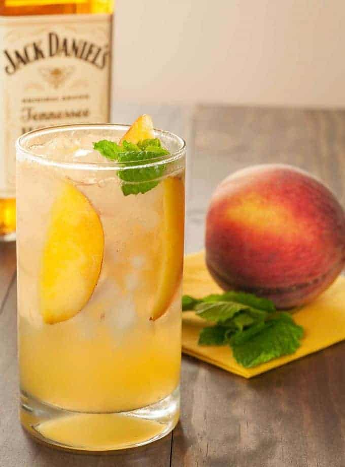 Honey-Peach Fizz