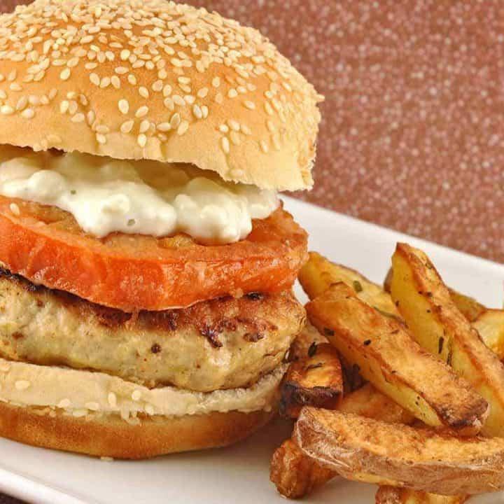 Lemon-Garlic Chicken Burgers with Fried Tomates