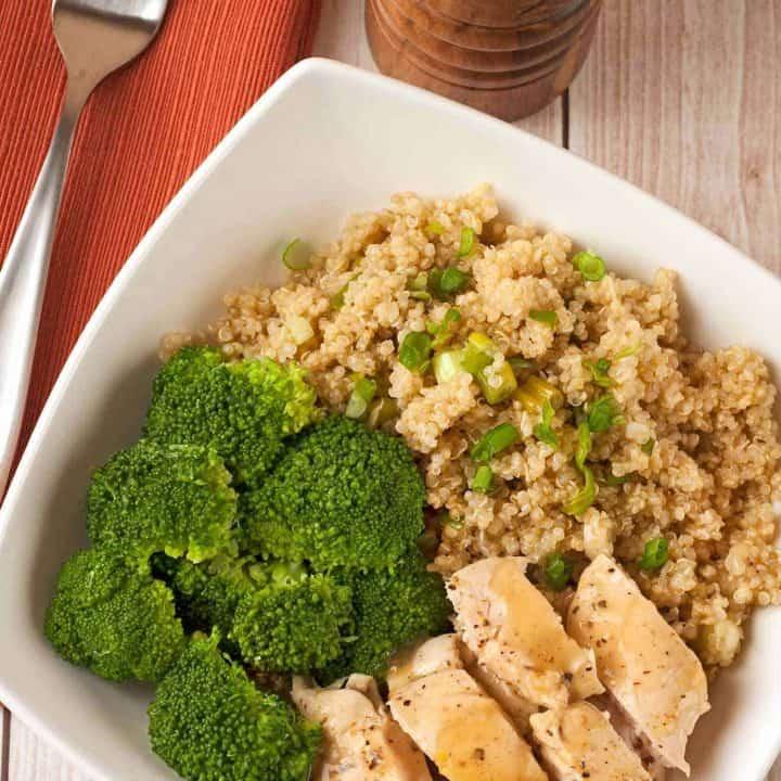 Lemon-Pepper Chicken Quinoa Bowl