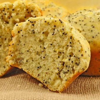 Lemon Poppy Seed Buttermilk Muffins