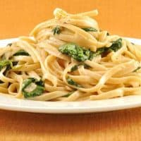 Linguine with Spinach and Mascarpone Cream