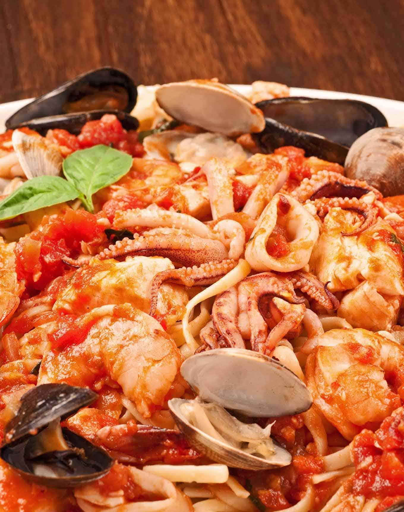 Linguine with Seafood (Linguine ai Frutti di Mare)