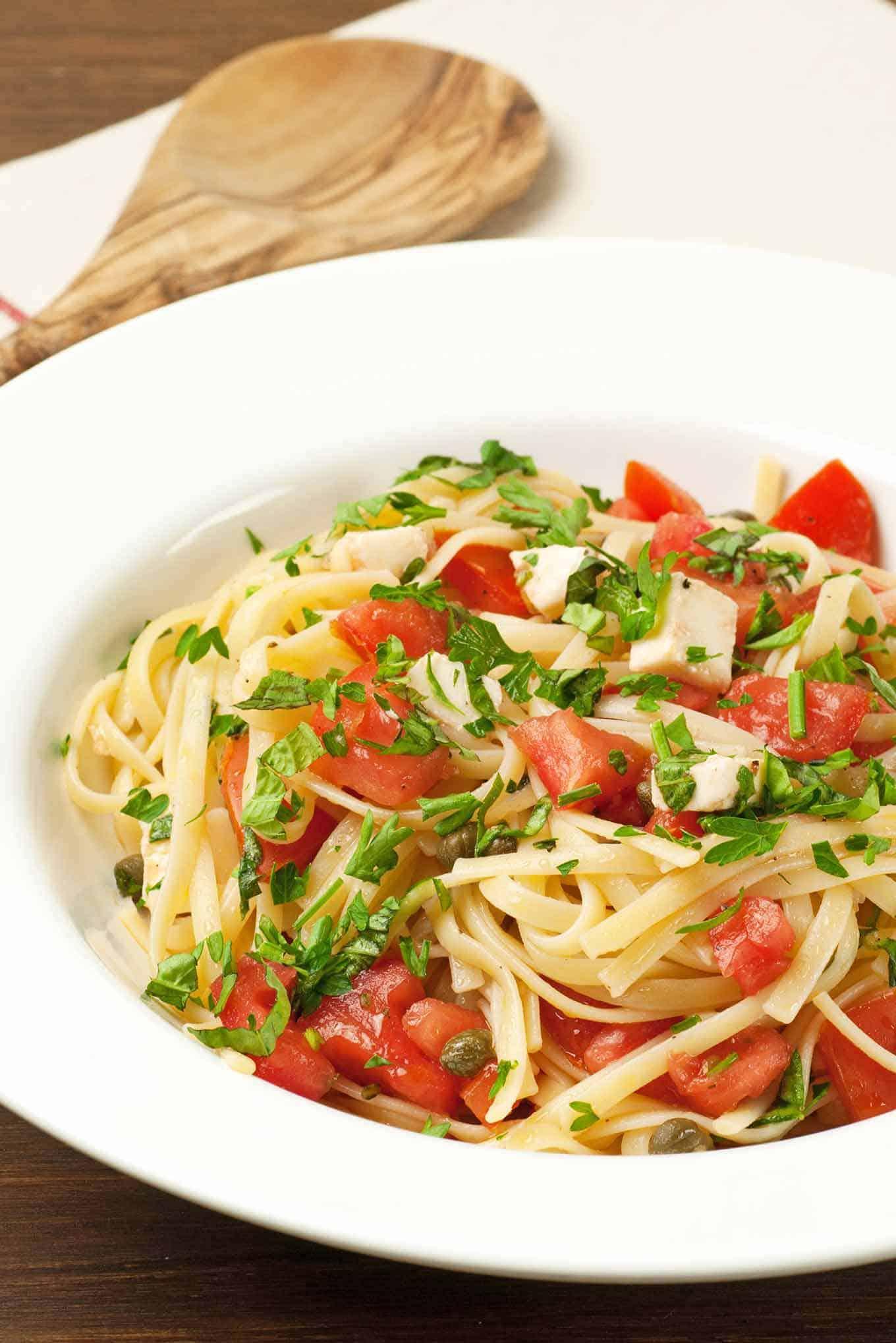 Pasta with Fresh Tomatoes, Herbs and Mozzarella