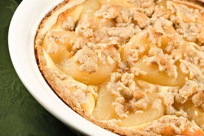 Pear Cheesecake Pie