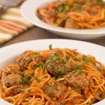 Pressure Cooker Spaghetti with Sausage and Mushrooms