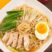 Ramen Noodle Bowl with Chicken