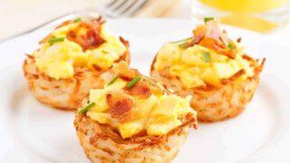 Scrambled Eggs in Hash Brown Nests