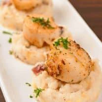 Seared Scallops with Creamy Bacon Grits