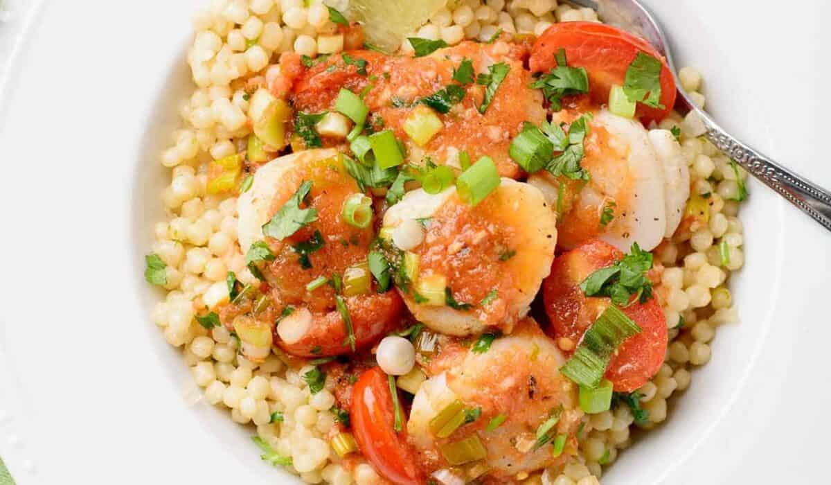 Seared Scallops in Tomato-Lime Butter Sauce