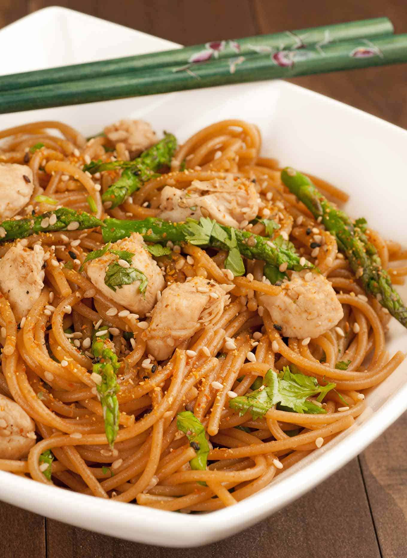 Sesame Noodles with Chicken and Asparagus