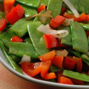 Stir-Fried Snow Peas, Red Pepper and Shallots