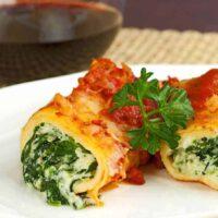Spinach and Cheese Stuffed Manicotti