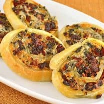 Sun-Dried Tomato and Spinach Wheels