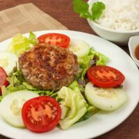 Vietnamese-Style Pork Patties With Piquant Dipping Sauce